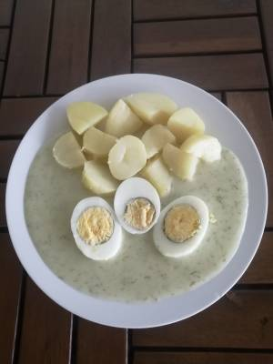 Vařené vejce, Koprová omáčka, Vařené brambory